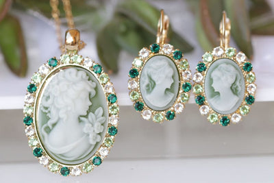 Cameo Jewelry Set