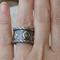Charm Spinner Band Ring. Oxid Silver & 9K Gold Ring. Mixed Metal Fidget Ring. Wide Chunky Charm Ring. Hamsa Flower Pigeon Turquoise Band