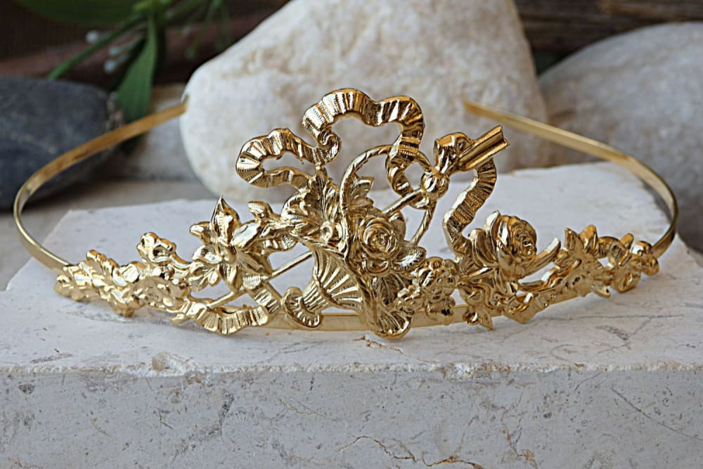 Gold Bridal Tiara. Gold Headpiece. Golden Crown. Tiaras For Weddings. Tiara Headband. Hair Accessories. Gold Crown Tiara. Princess Tiara