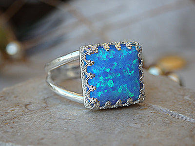 Opal Ring, Silver Sterling ring, Blue Opal Ring, Crown Ring,Promise Ring, Fire Opal jewelry, Women Ring. Square stone ring. Delicate Ring