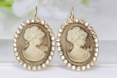 GOLD CAMEO EARRINGS, Bronze Cameo Earrings, oval cameo earrings, Swarovski Romantic Earrings, Antique Cameo Jewelry, Rustic Vintage Wedding