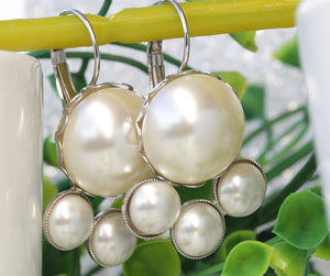 PEARL BRIDAL EARRINGS, Large Pearl Earrings,Jewelry For Bride, Cluster Pearl Earrings, Bridesmaid Earrings, Cream Pearl Earrings, Swarovski,