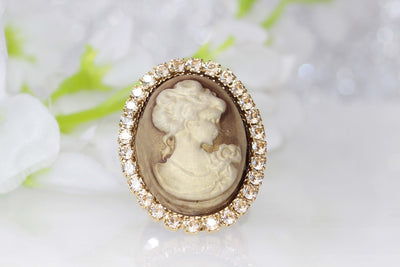 CAMEO RING, Vintage Looking Jewelry, Art Deco Cameo Ring, Antique Champagne Swarovski Ring,Toggle Cameo Ring, Gold Plated Ring,Gift For Wife