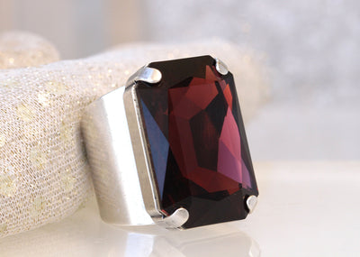 BURGUNDY RING, STATEMENT Stone Ring, Wine Red Ring, Swarovski Ring, Large Cocktail Ring, Garnet Ring,Emerald Cut Ring, Chunky Ring,Christmas