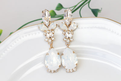 BRIDAL OPAL EARRINGS, White Opal Earrings, Swarovski Opal Earrings,Long Chandelier Earrings, Jewelry For Bride, Crystal Opal Wedding Jewelry