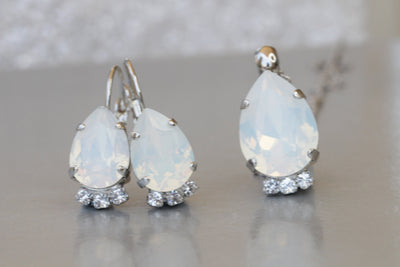 WHITE OPAL JEWELRY Set, White Milk Teardrop Jewelry Set, Wedding Minimalist Jewelry,Bridal Teardrop Earring Necklace Set,Swarovski Gift,xmas