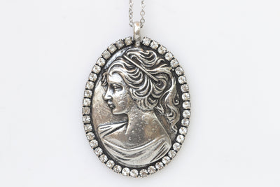 SILVER CAMEO NECKLACE, Big Cameo Necklace, Cameo Pendant, Antique Style, Swarovski Cameo Necklace, Statement Gift, vintage Cameo Necklace