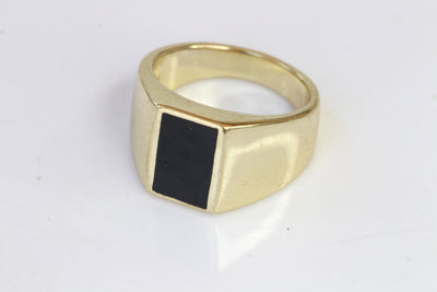 BLACK ONYX RING, Signet Black Gold Ring, 14k Goldfilled Ring, Women signet ring, Rings for Man, Men's Gold Ring, Flat Stone Ring,Chunky Ring