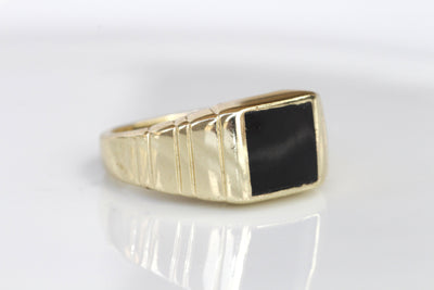 BLACK ONYX RING, Signet Black Gold Ring,  Men's Jewelry, Rings for Man,Men's Gold Ring, Flat Stone Ring,Unique Gold Black Stone Ring Husband