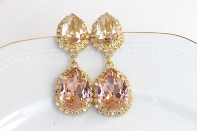 BLUSH CHANDELIER EARRINGS, Swarovski Woman Light Pink, Bridesmaid Morganite Long Earrings, Bride Jewelry Gift, Wedding Champagne Earrings