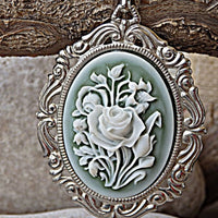 Vintage Style Necklace. Oval Silver Pendant With White Flowers Pendant. Vintage Style Pendant. Ceramic Pendant Necklace. Ornaments Necklace
