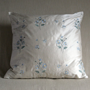 Embroidered daisys on ivory silk - The Glasgow Guild