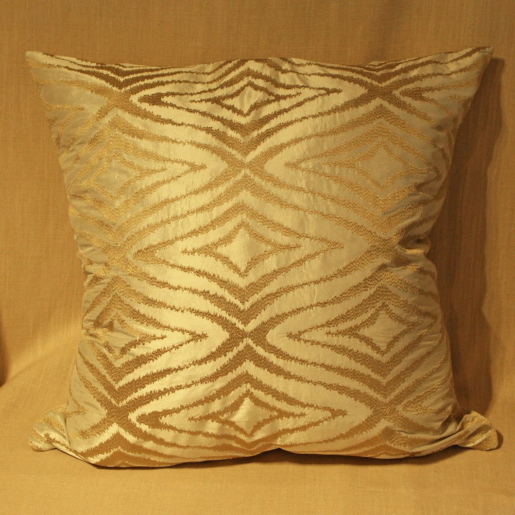 Raised woven diamond pattern - The Glasgow Guild