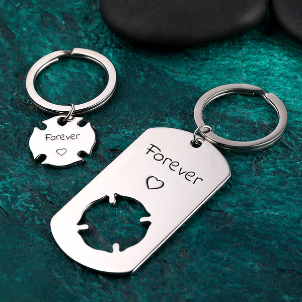 Custom Engraved Couple Keychain Set - Clover Dog Tag