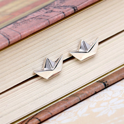 Origami Boat Silver Stud Earrings - Lertvizutte