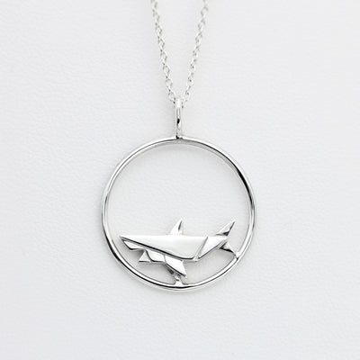 Origami Shark Circle Silver Necklace - Lertvizutte