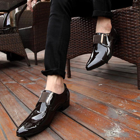 Fashion Pointed Head Bright Patent Leather