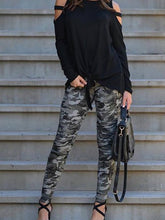 Load image into Gallery viewer, Cutout  Contrast Stitching  Camouflage Leggings