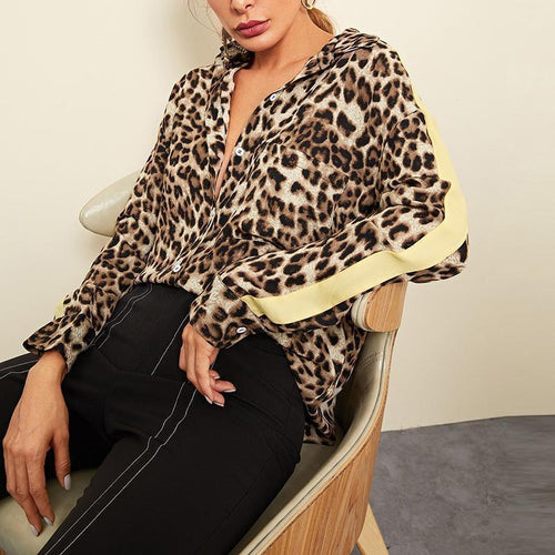 V-Neck Leopard-Printed Long Sleeve   T-Shirts