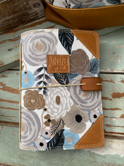 The Classic Juniper Journal in Linen English Garden
