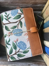 Load image into Gallery viewer, Peonies in Cream Cedar Journal