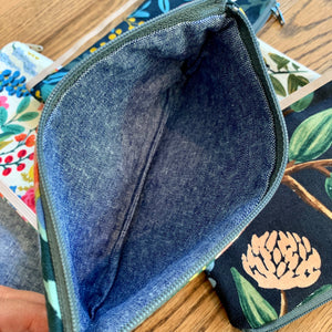 Single Zipper Pouch