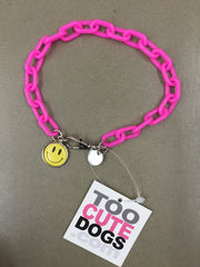 Chi Wow Wow Necklace Collar in Pink Plastic With Smiley Charm