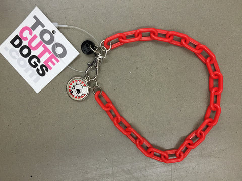 Chi Wow Wow Necklace Collar in Red Plastic