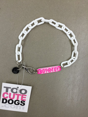 Chi Wow Wow Necklace Collar in White Plastic Boy Toy Pink