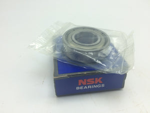 NEW NSK RADIAL DEEP GROOVE BALL BEARING, P/N 6002ZZC3