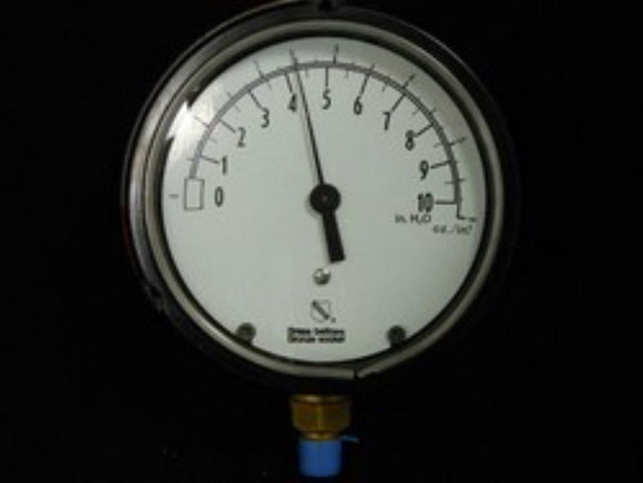 New Ashcroft 45-1188-A-02L-10 Pressure Gauge 0 - 10 Inches of Water