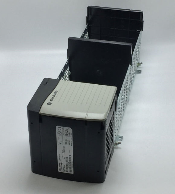 ALLEN BRADLEY 1756-PA72/B POWER SUPPLY W/ ALLEN BRADLEY 1756-A10/C SLOT CHASSIS