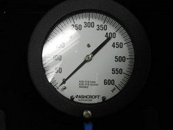 New Ashcroft 60-1377SS02L Pressure Gauge 0 - 600 PSI