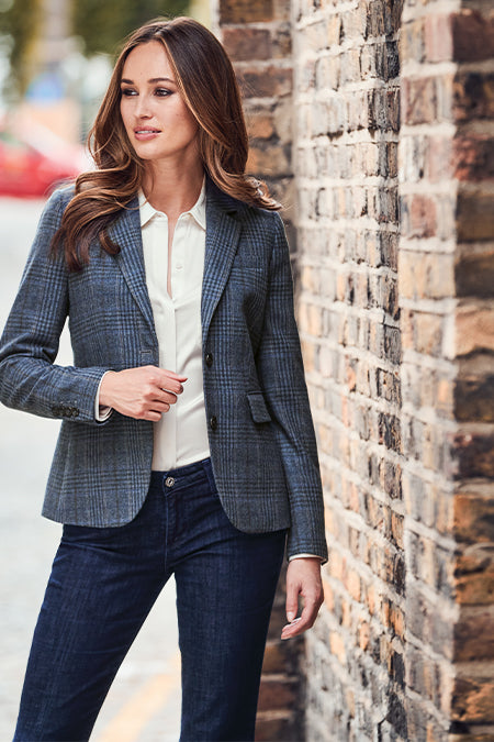 Model wearing Women's Brynn Blazer