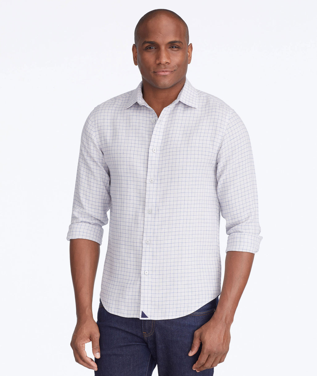 Model wearing a Grey Wrinkle-Resistant Linen Biltmore Shirt