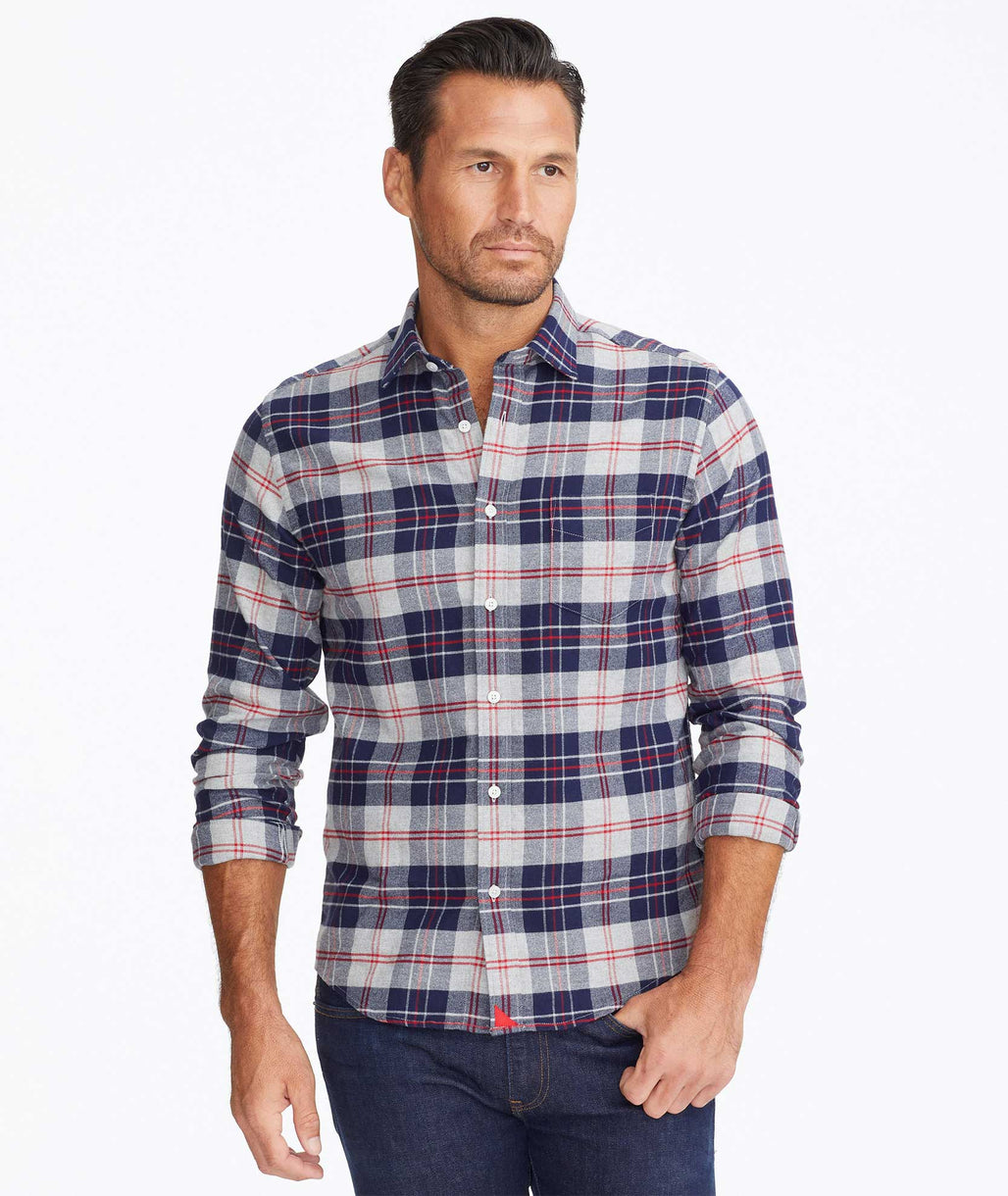 Model wearing a Blue Flannel Campeneta Shirt