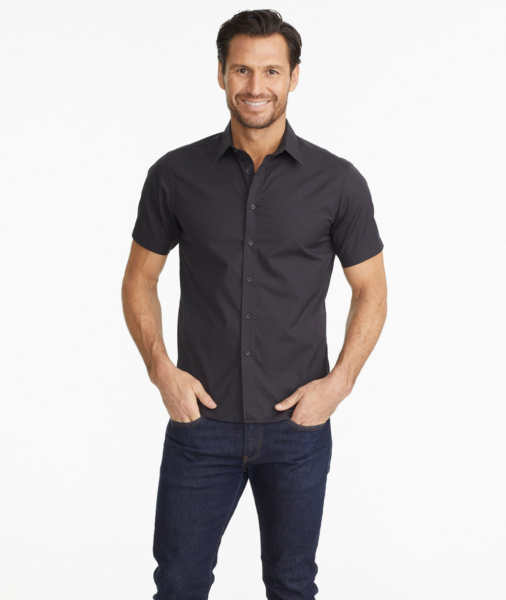 Model wearing a Black Classic Short-Sleeve Coufran Shirt