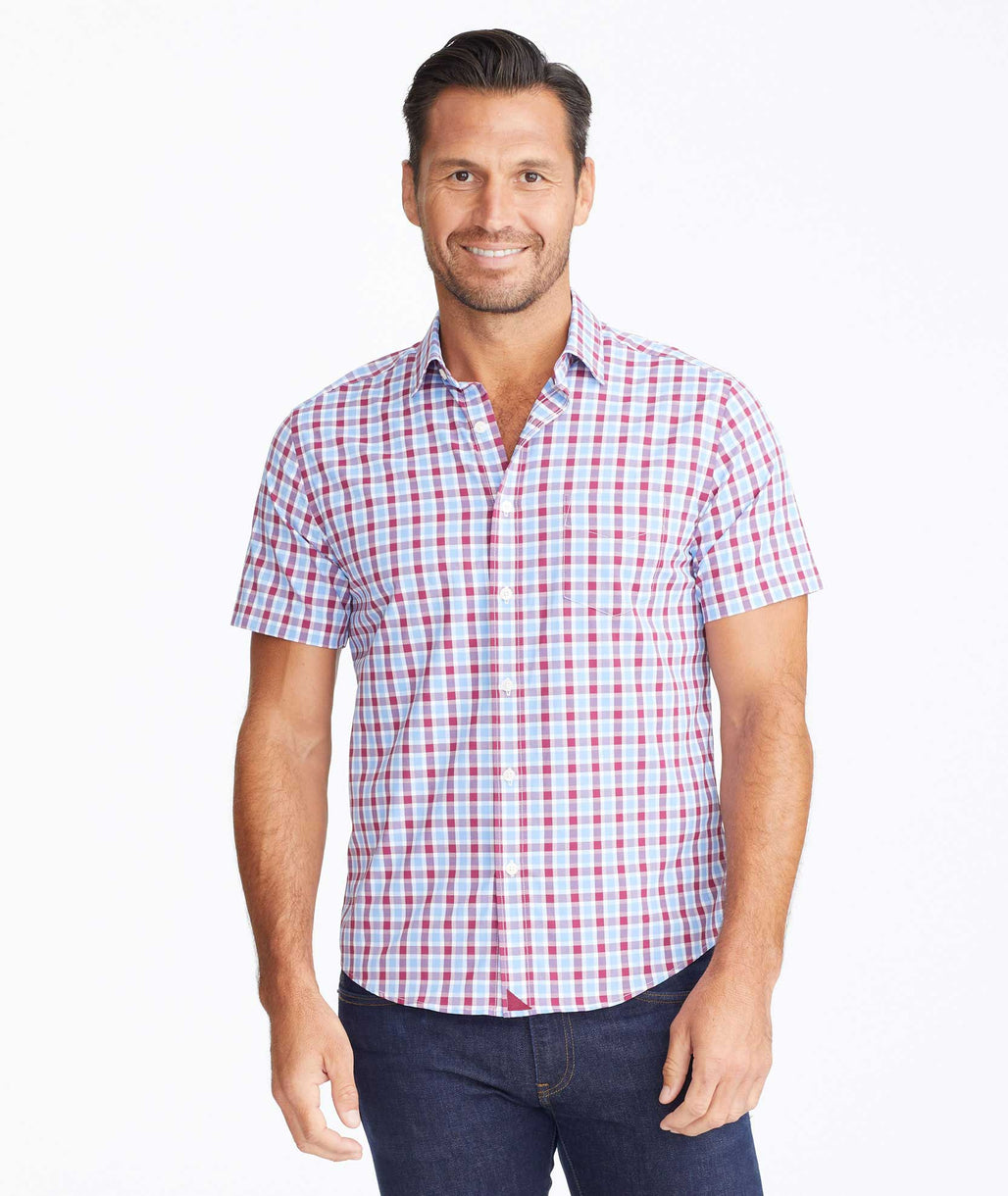 Model wearing a Light Blue Wrinkle-Free Performance+ Short-Sleeve Hopler Shirt