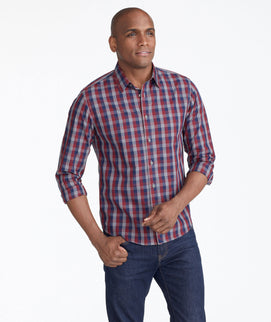 Model wearing a Redgrey Wrinkle-Free Pomerol Shirt