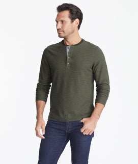 Model wearing a Dark Green Long-Sleeve Textured Henley
