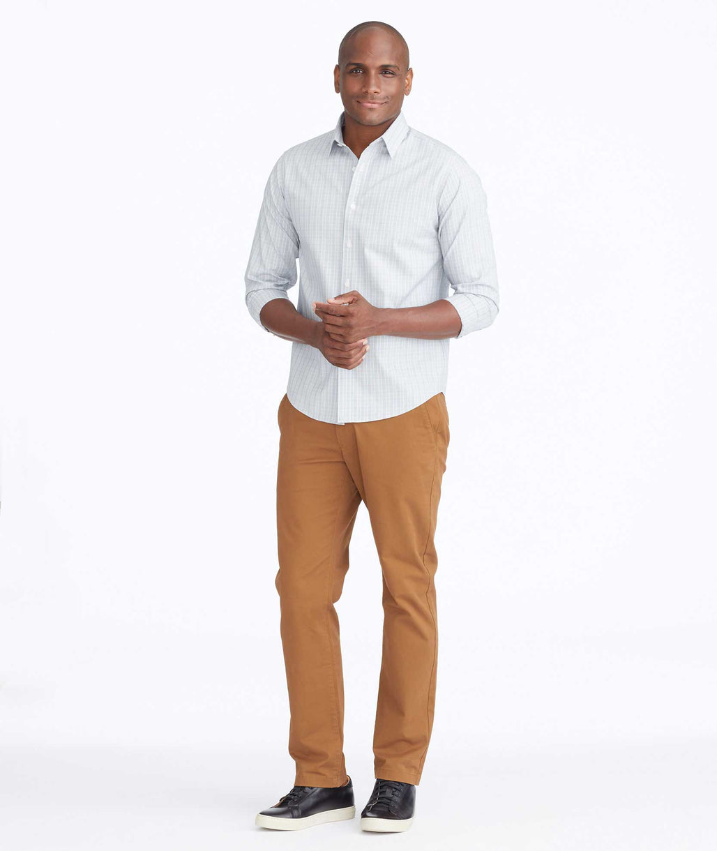 Model wearing a Brown Chino Pants