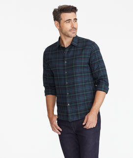 Model wearing a Dark Green Flannel Vallone Shirt