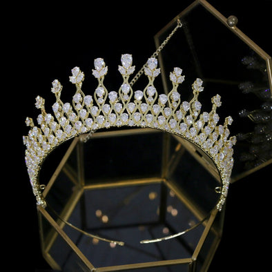 Swarovski Crystal Bridal Tiara, Cubic Zirconia Wedding Crown, Rhinestone Tiara, Wedding Tiara, Crown, Aprkling Wedding Tiara- SIONAINNE
