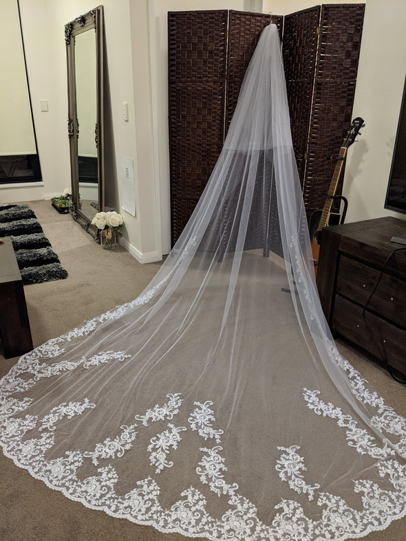 Soft Wedding Veil, Lace Wedding Cathedral Veil, Ivory/ White Lace Cathedral Wedding Veil, Chapel Wedding Veil, Bridal Veil, Long Wedding Veil, White Wedding Veil,  - LIA
