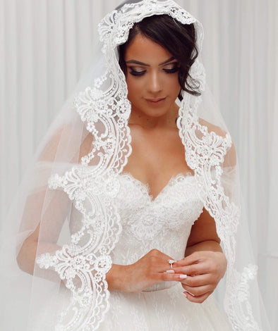 LACE MANTILLA WEDDING VEIL