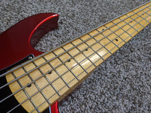 Laden Sie das Bild in den Galerie-Viewer, Vola ZV5 Bass MF Ash 5-string Candy Apple Red (w/ Vola Deluxe Gig Bag) - Show Model - Tensolo Music Co.