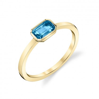 Blue Topaz 14kt Yellow Gold Ring