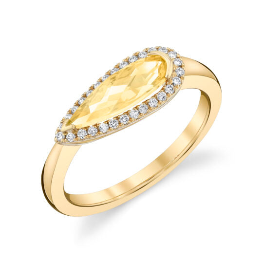 Light Citrine 14kt Yellow Gold Ring with Diamonds