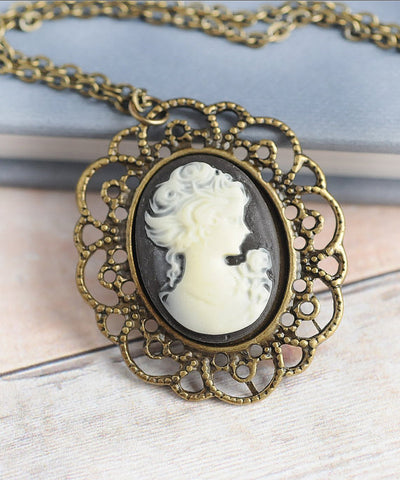 Cameos make beautiful fashion statements and family heirlooms. | Barbara Michelle Jacobs Jewelry