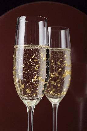 Holiday Cocktail Recipes: Edible Gold Leaf Champagne | Barbara Michelle Jacobs Jewelry